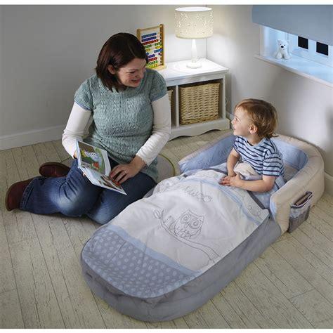 futon bebe matelas b 233 b 233 gonflable de voyage readybed
