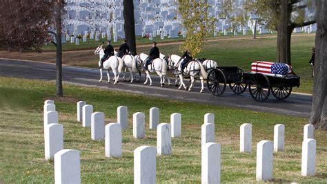 arlington national cemetery section 60 the passing of the greatest generation internetmonk com