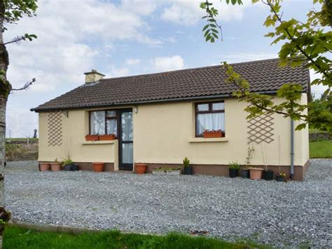 cottages in galway find rent go sykes cottages