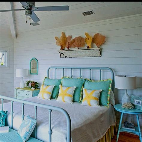 seashell themed bedroom beach bedroom tumblr www pixshark com images galleries