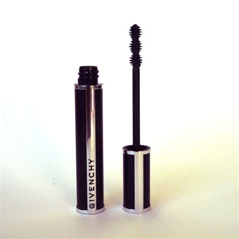 New Givenchy 3318 1 lash alert givenchy noir couture into the gloss
