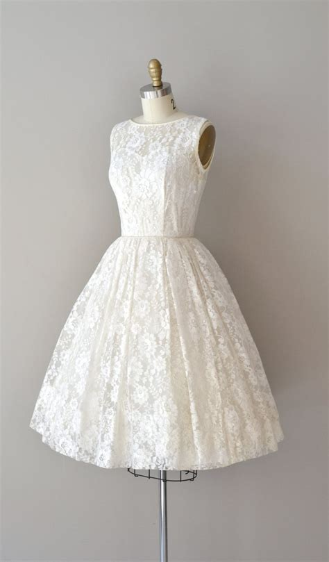 1950s dress 50s lace dress wedding dress alamondine lace 50s wedding dress 1950s dress be near me