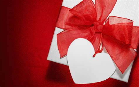 Valentines Day Gifts valentines day love gift wallpapers 1680x1050 600566