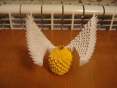 Origami Golden Snitch - 3d origami golden snitch tutorial from harry potter