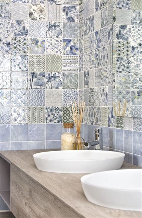 piastrelle bagno 20x20 19 best images about piastrelle bagno on