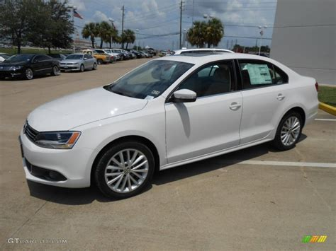 volkswagen sedan white candy white 2013 volkswagen jetta tdi sedan exterior photo