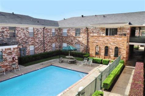 Stratford House Apartments For Rent Houston Tx Apartments Apartment Finder
