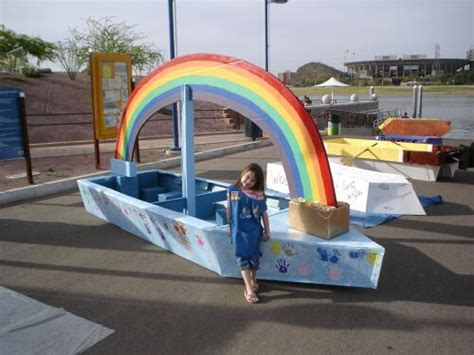 aurora cardboard boat race mejores 23 im 225 genes de barco de cart 243 n en pinterest