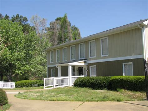 Houses For Rent In College Park Ga by Brookside Apartments Rentals College Park Ga Apartments