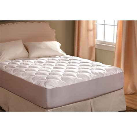 Ultra Plush Mattress Pad, Queen   Lippert Components Inc MP RVUPLQ/343495   Parts   Camping World