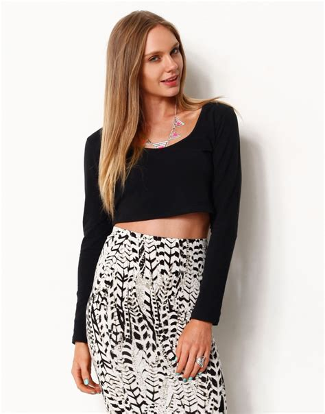 17 best images about video on pinterest cropped shirt 17 best images about crop top ls on pinterest club tops