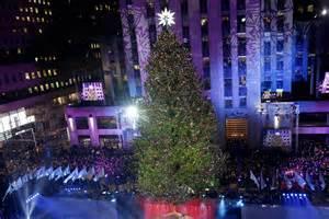 rockefeller center lights rockefeller center tree lights up new york post