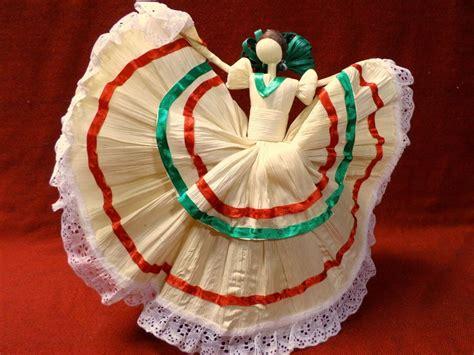 corn husk folklorico dolls mexican folk corn husk doll figure lupita decor