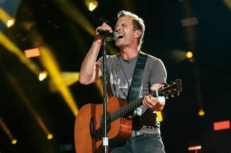 song review dierks bentley s somewhere on a