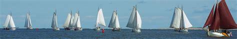 varen met een platbodem waarom een platbodem varen heech by de mar