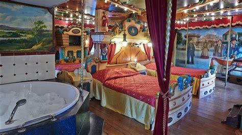 carousel bedroom carousel suite efteling hotel
