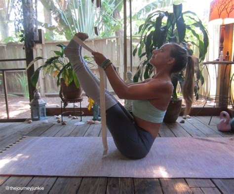 boat pose tutorial yoga tutorial how to use a strap the journey junkie