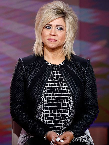 theresa caputo hairstyle who it theresa caputos parents hairstyle gallery