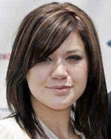 medium hairstyles with bangs for who are overweight haircuts for fat faces with double chins round face