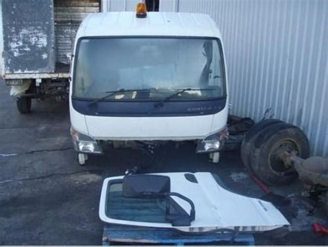 Lu Emergency Atn 2006 fuso canter for sale