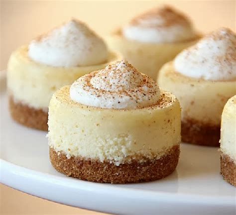 mini eggnog cheesecakes yummi recipes