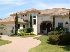 Luxury Beachfront Homes For Rent In Florida Vanderbilt Vacation Rentals Luxury Houses Condos For Rent Naples Fl