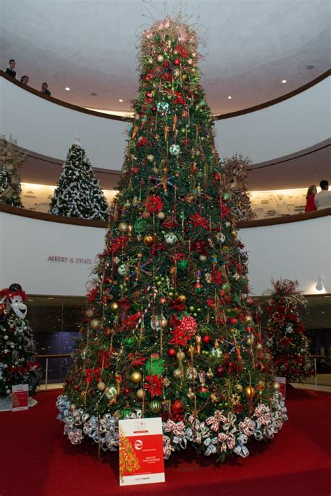 houston garden center christmas trees houston s best trees and wreaths give this theatre a vital post harvey boost