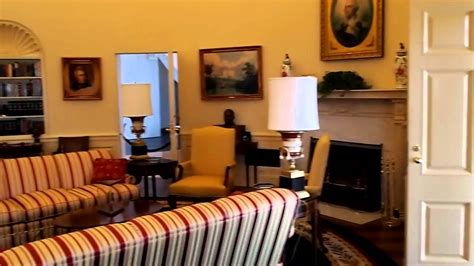 bill clinton oval office decor oval office reproduction at the bill clinton library youtube
