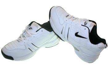 Sepatu Sport Cowok Adidas 1601 sepatu sport adidas sepatulie