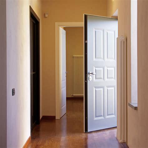 rivestire porta blindata rivestire le porte blindate torino di legno massiccio