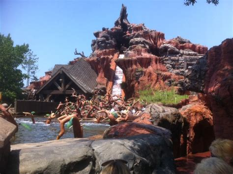 what s new at disney world in 2011 yourfirstvisit net the quot e quot ticket ride and its discontents yourfirstvisit net