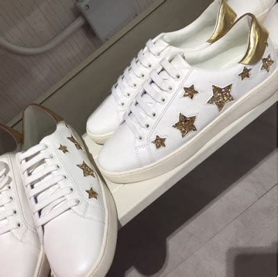 Stradivarius Sepatu Casual Sneakers With Trim Spotted In The Shops White Trainers Part 2
