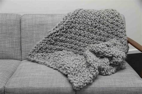 decke kuscheldecke kuscheldecke stricken decke im perlmuster mit wolle