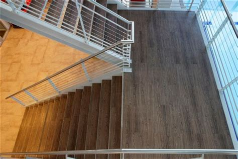 vinyl plank flooring for stairs http modtopiastudio