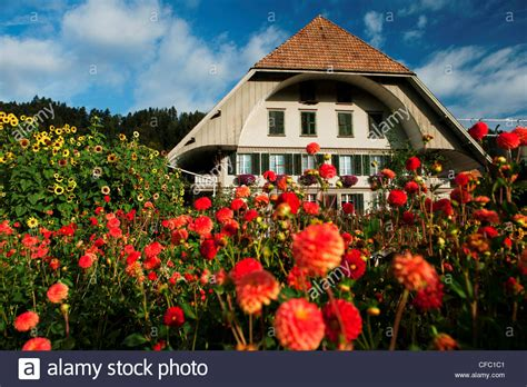 cottage garden farm farmhouse farm house farm stead