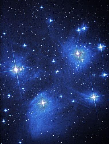 wallpaper bintang di langit www pixshark com images benda benda langit irene rifdah