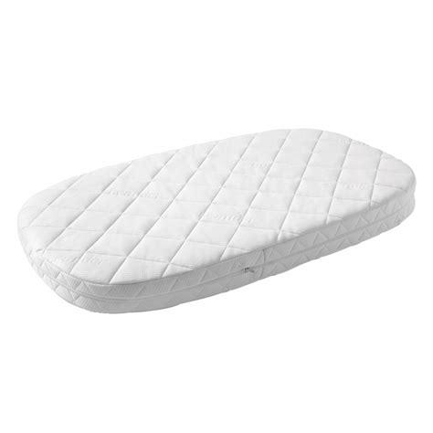 matelas berceau ovale matelas pour lit b 233 b 233 leander blanc literie