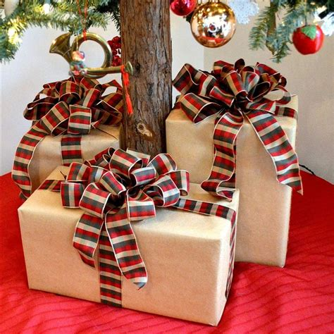 how to make a wire christmas gift box on pinterest how to make big fluffy package bows recipe gift gift bow and craft
