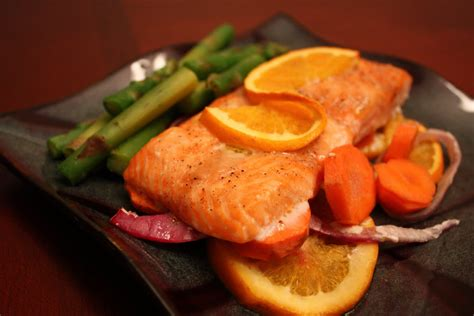 cooked salmon color