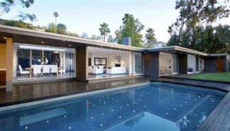 bruno mars house photos bruno mars splurges on new la mansion ynaija