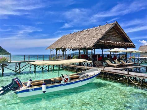 raja at dive resort a spa in paradise papua explorers dive resort raja at