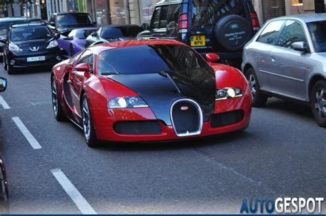 what year did the bugatti veyrone out how many veyrons did bugatti produce