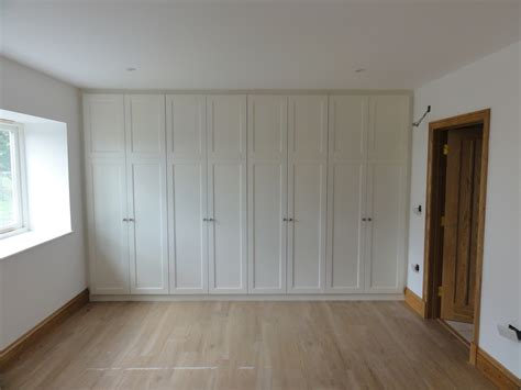 Howdens Sliding Wardrobe Doors by Wardrobes Howdens Wardrobes