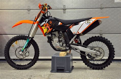 Ktm 250 Sxf Review 2009 Ktm 250 Sx F Pics Specs And Information