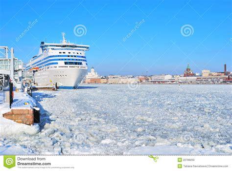 porto helsinki porto marittimo di helsinki in inverno fotografia stock