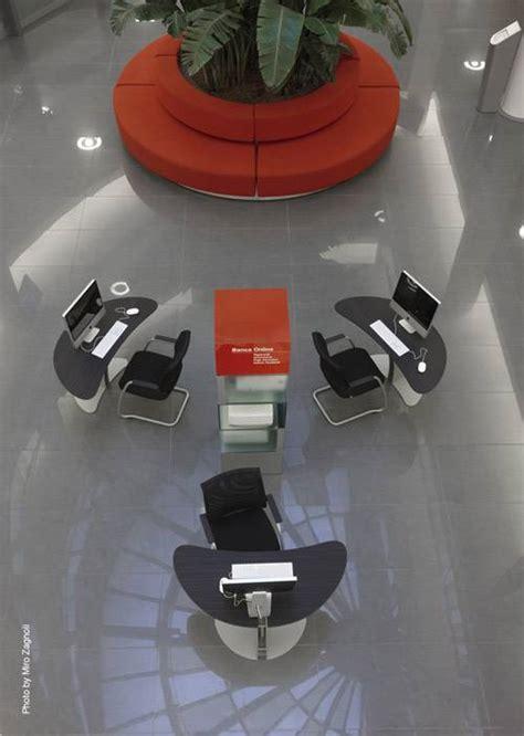 Unicredit Banca It by Agenzia Flagship Unicredit Banca Italy Fiandre