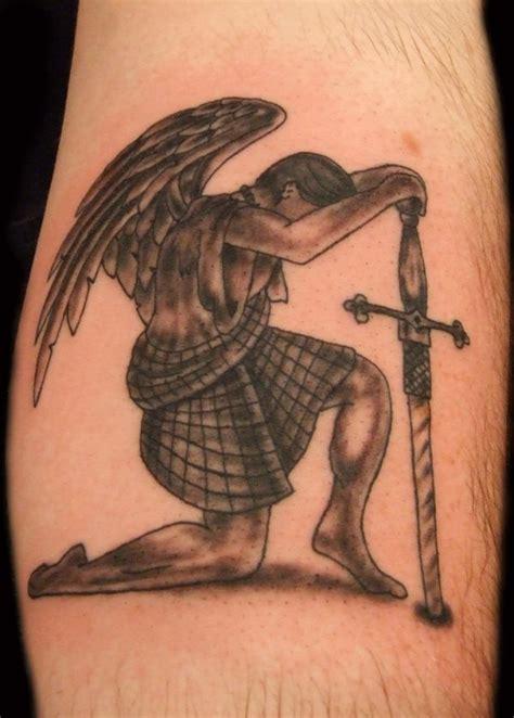 tatuajes de angeles fotos dibujos y tattoos 175 tatuajes de 225 ngeles o mensajeros de dios
