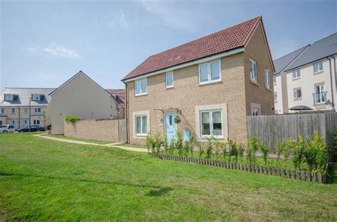 detached house  sale marigold close lyde green