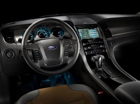 2010 ford sho the sleeper has awakened auto design tech chicago 09 2010 ford taurus sho unveiled with 365 hp