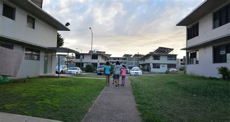 Hawaii Appartments by Should Evicted From Hawaii Housing Get A